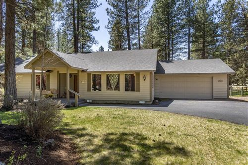 Photo of 69871 West Meadow Parkway, Sisters, OR 97759 (MLS # 220122241)