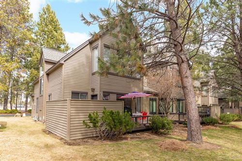 Photo of 57922 Silver Fir, Sunriver, OR 97707 (MLS # 202002246)