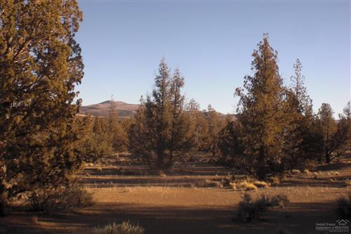 Photo of 0 Cascade Way #Lot 40, Prineville, OR 97754 (MLS # 201811247)