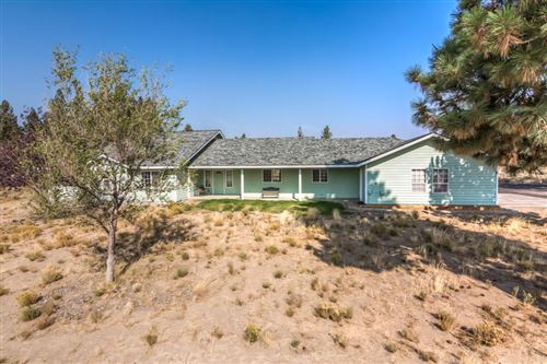 Photo of 59963 Edmonton Drive, Bend, OR 97702 (MLS # 220111249)