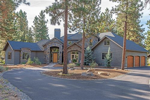 Photo of 16943 Royal Coachman Drive, Sisters, OR 97759 (MLS # 220100251)