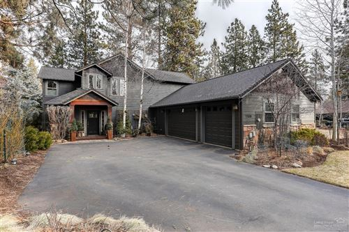 Photo of 1136 E Creekside Court, Sisters, OR 97759 (MLS # 202000252)