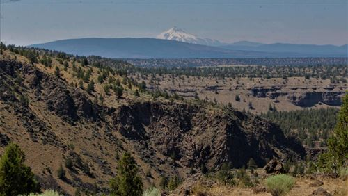 Photo of 12621 NW Dove Road, Terrebonne, OR 97760 (MLS # 220104256)