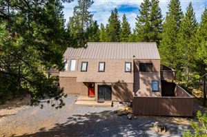 Photo of 18066 East Butte Lane #18, Sunriver, OR 97707 (MLS # 201908261)