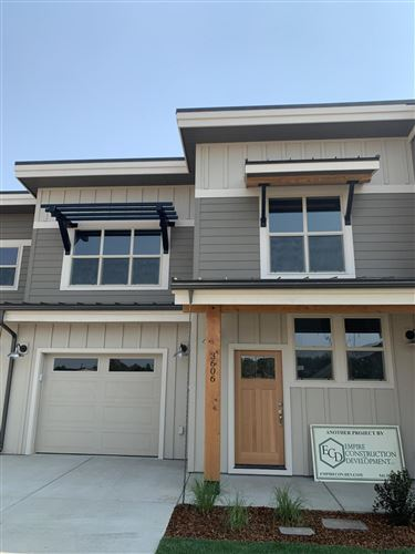 Photo of 3606 SW Badger Avenue, Redmond, OR 97756 (MLS # 220119267)