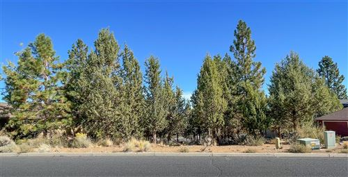 Photo of 1274 NW Constellation Drive, Bend, OR 97703 (MLS # 220132275)