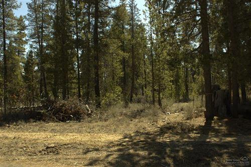 Photo of 17555 Holgate Court, La Pine, OR 97739 (MLS # 202000278)