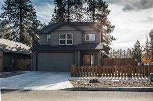 Photo of 20285 SE Knightsbridge Place, Bend, OR 97702 (MLS # 201910279)