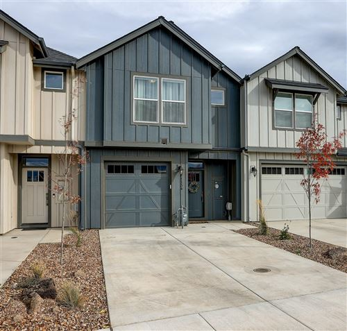 Photo of 1134 NW Upas Place, Redmond, OR 97756 (MLS # 220134282)