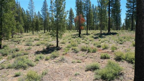 Photo of 54809 Mountain View Road, Bend, OR 97707 (MLS # 220125288)