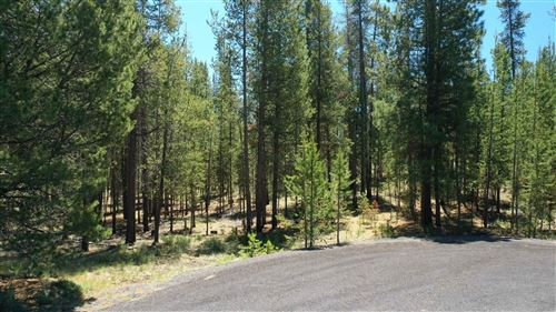 Photo of 54812 Pine Crest Road, Bend, OR 97707 (MLS # 220125289)