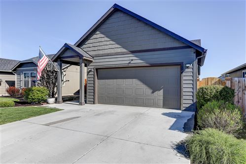Photo of 3559 SW Pumice Place, Redmond, OR 97756 (MLS # 220122295)