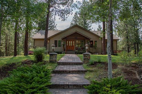 Photo of 17061 Cooper Drive, Bend, OR 97707 (MLS # 220128295)
