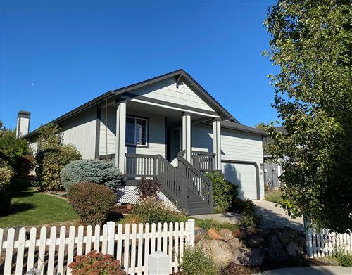 Photo of 3557 SW 30th Street, Redmond, OR 97756 (MLS # 220110300)