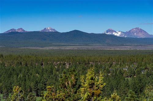 Photo of 2932 NW Horizon Drive, Bend, OR 97703 (MLS # 220116300)