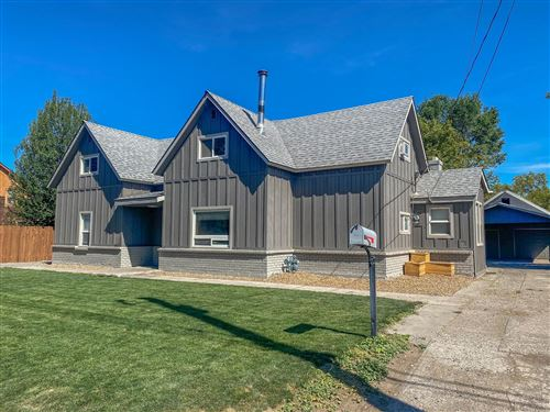 Photo of 267 NW 5th Street, Prineville, OR 97754 (MLS # 220106308)