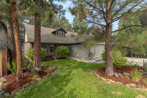 Photo of 61341 Osprey Nest Place, Bend, OR 97702 (MLS # 220109310)