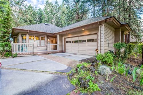 Photo of 60890 Willow Creek Loop, Bend, OR 97702 (MLS # 201905319)