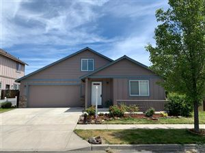 Photo of 448 NW 24th Place, Redmond, OR 97756 (MLS # 201904327)