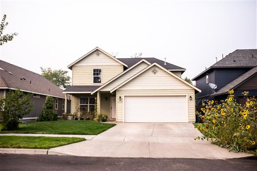 Photo of 61028 Borden Drive, Bend, OR 97702 (MLS # 220109327)