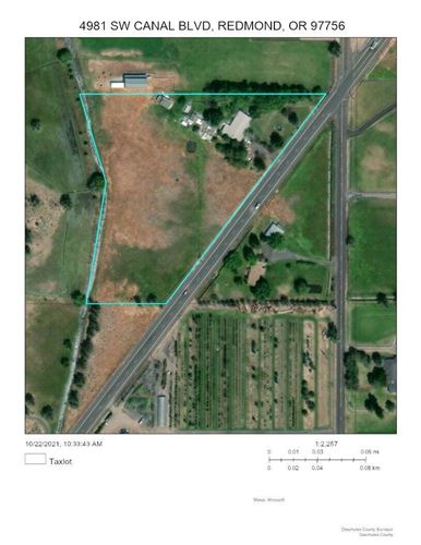 Photo of 4981 SW Canal Boulevard, Redmond, OR 97756 (MLS # 220134337)
