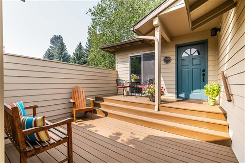 Photo of 2843 NW Golf Course Drive S, Bend, OR 97703 (MLS # 220109339)