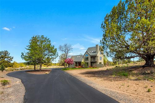 Photo of 61450 White Peaks Court, Bend, OR 97702 (MLS # 220122348)