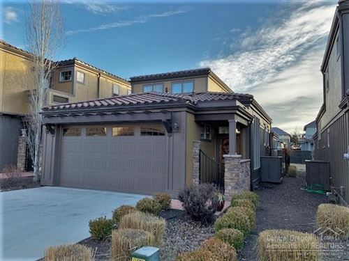 Photo of 63192 NW Via Palazzo, Bend, OR 97703 (MLS # 202000358)