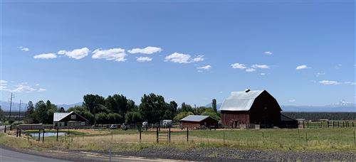 Photo of 10851 SW Powell Butte Highway, Powell Butte, OR 97753 (MLS # 220106366)