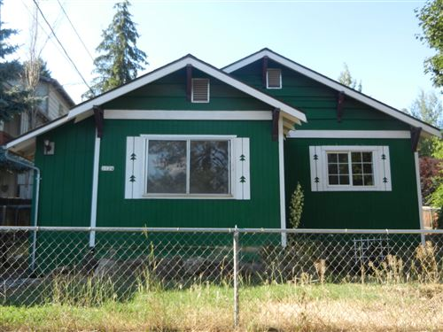Photo of 1124 NW portland Avenue, Bend, OR 97703 (MLS # 220120377)