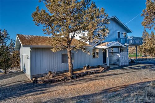 Photo of 8356 SW Basalt Drive, Terrebonne, OR 97760 (MLS # 201810384)