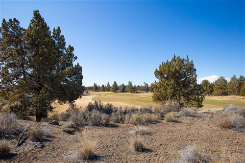 Photo of 22810 Stone Wall Court, Bend, OR 97701 (MLS # 202002386)
