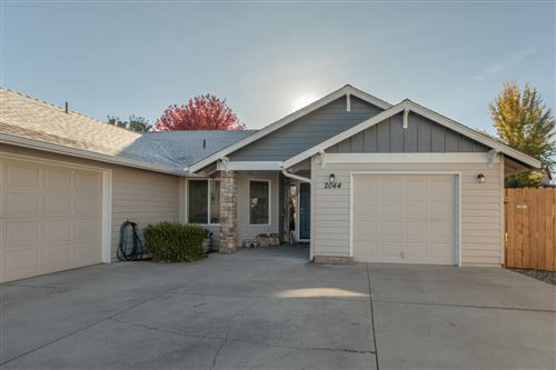 Photo of 2044 NW 20th Court, Redmond, OR 97756 (MLS # 220111390)