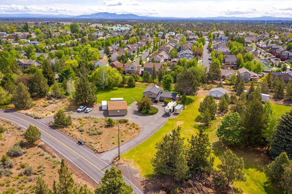 Photo of 63480 Vogt Road, Bend, OR 97701 (MLS # 220125396)