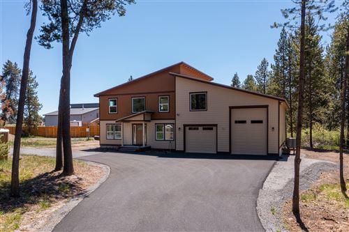 Photo of 53543 Vale Court, La Pine, OR 97739 (MLS # 220121402)