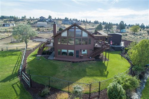 Photo of 10127 SW Shad Road, Terrebonne, OR 97760 (MLS # 220107417)