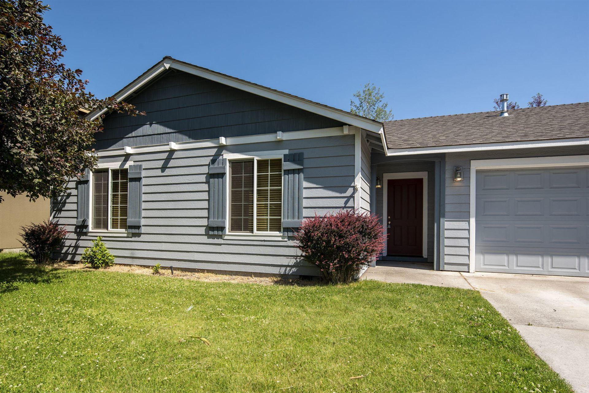 Photo of 2875 SW Deschutes Drive, Redmond, OR 97756 (MLS # 220125436)