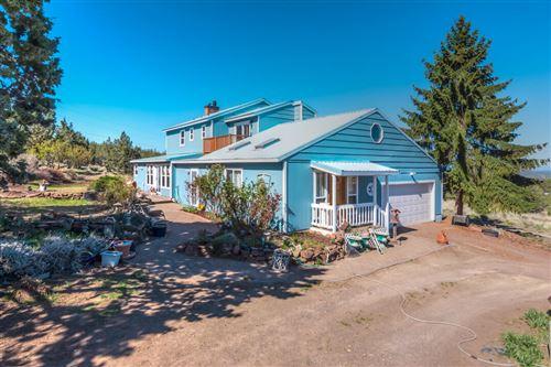 Photo of 7861 SW Ridge Lane, Powell Butte, OR 97753 (MLS # 220122438)