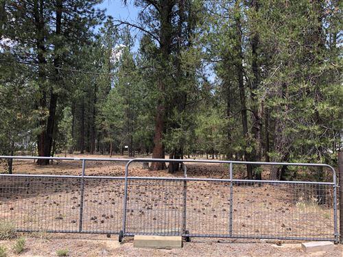 Photo of 15864 Twin Drive, La Pine, OR 97739 (MLS # 220128439)
