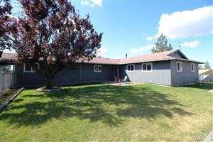 Photo of 711 NW 29th Street, Redmond, OR 97756 (MLS # 201810444)