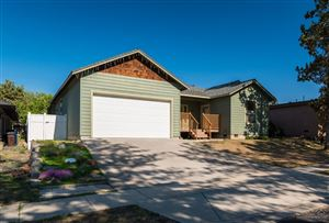 Photo of 740 NW 9th Street, Redmond, OR 97756 (MLS # 201905446)