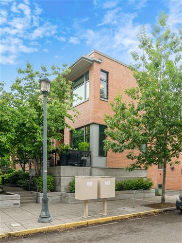 Photo of 1666 NW Riverscape Street, Portland, OR 97209 (MLS # 220125447)