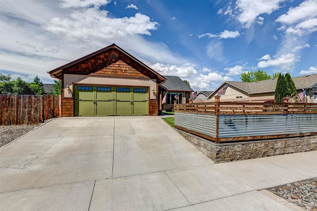 Photo for 20062 Elizabeth Lane, Bend, OR 97702 (MLS # 201905449)