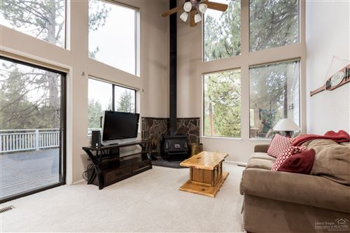 Photo of 17718 Warbler East, Sunriver, OR 97707 (MLS # 201910452)