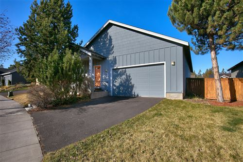 Photo of 20652 Beaumont Drive, Bend, OR 97701 (MLS # 220120452)