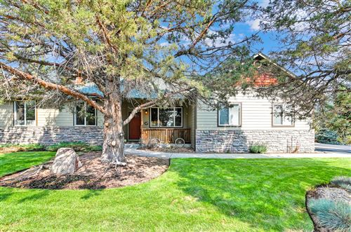 Photo of 497 Tanager Drive, Redmond, OR 97756 (MLS # 220131454)