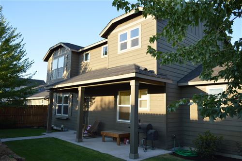 Photo of 1467 NW 18th Street, Redmond, OR 97756 (MLS # 220105464)