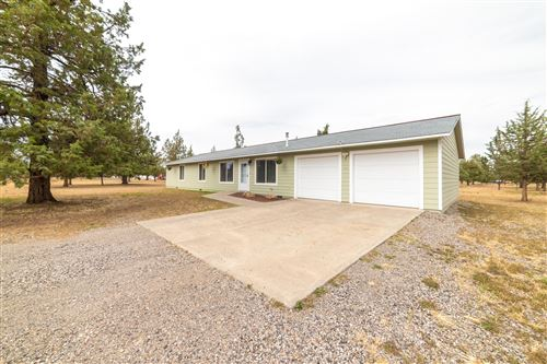 Photo of 5858 SW Shad Road, Terrebonne, OR 97760 (MLS # 220102465)