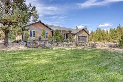 Photo of 137240 Mohawk Drive, Crescent, OR 97733 (MLS # 220132468)