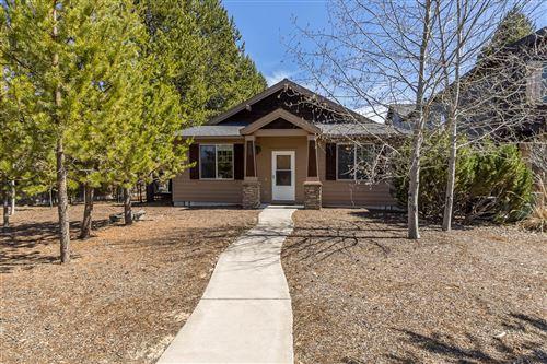 Photo of 51861 Hollinshead Place, La Pine, OR 97739 (MLS # 220120471)